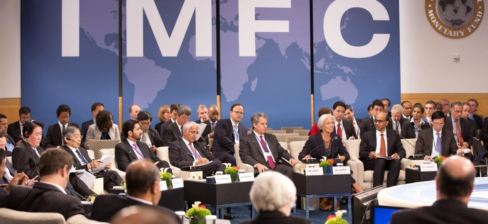 Зачем Россия держится за отношения с МВФ