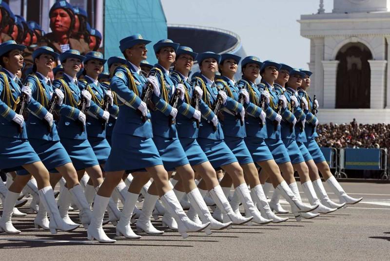 Девушки из армии Казахстана