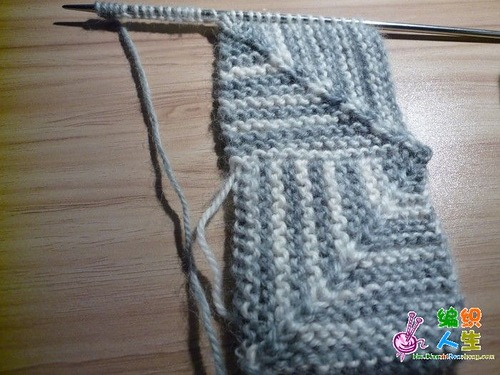Один из способов вязания ковров и шалей