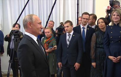 Путин отметил успехи учительского сообщества России