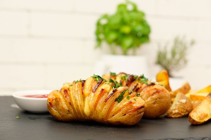 2 простых рецепта картофеля в духовке Картофель в духовке, Картофель, Запеченный картофель, Еда, Кулинария, Рецепт, Видео, Длиннопост