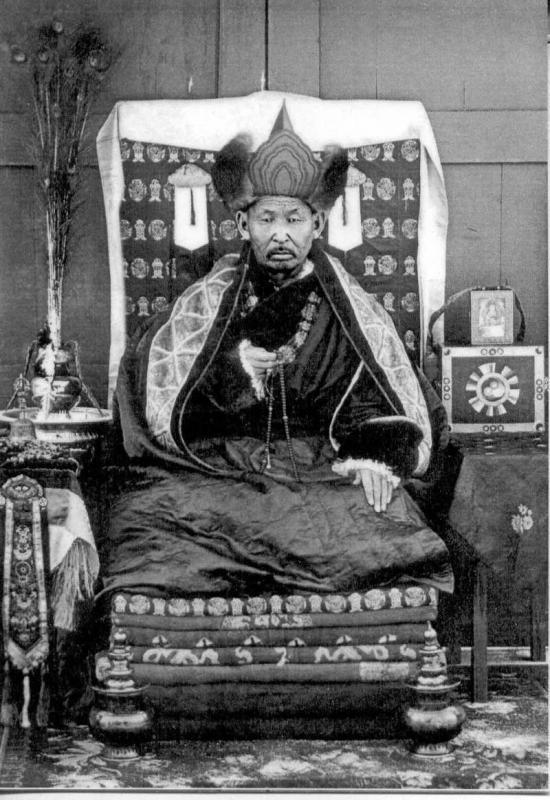 """200-летняя мумия тибетского монаха из Улан-Батора все еще """"живая"""""""