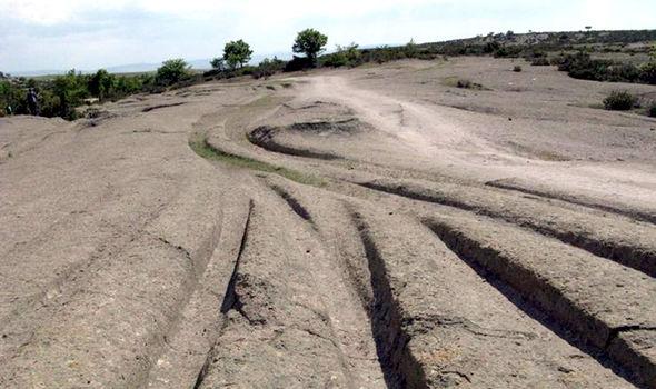 ancient-tracks-Anatolia-Turkey-333213