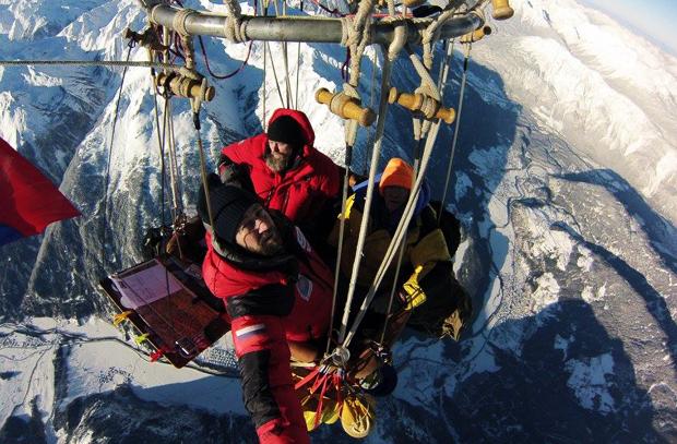 Экстремальный перелет через Альпы Федора Конюхова