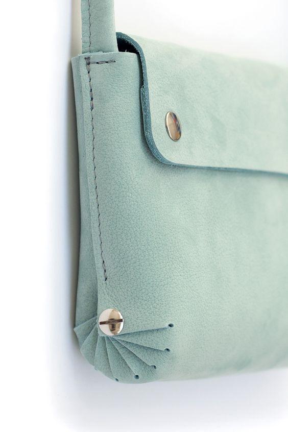 Необычные кожаные сумки