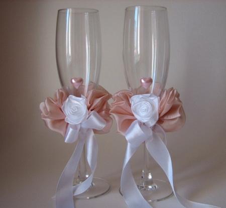 Свадебные бокалы для шампанского с розой из лент - как сделать
