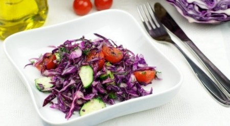 Салат из фиолетовой капуст