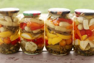 Фасоль, пикули и лук. Рецепты вкусных овощных заготовок