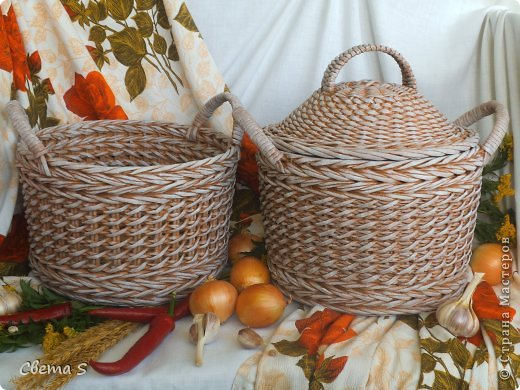 Мастер-класс Поделка изделие Плетение Корзины для овощей - Бумага газетная Трубочки бумажные фото 1