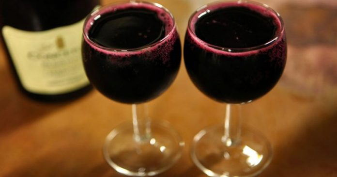 Исследование: вино более полезное, чем упражнения, если вы хотите дожить до 90 лет