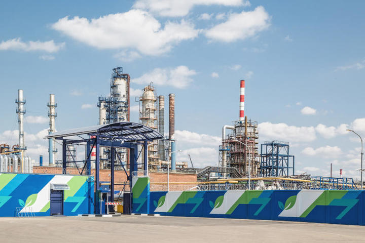 «Газпром» с начала года увеличил экспорт газа в дальнее зарубежье на 5,2 процента