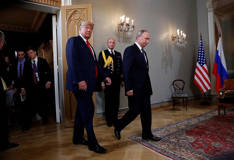 Переговоры Путина и Трампа прошли в Николаевском дворце