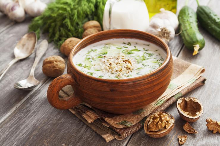 Блюдо дня: холодный болгарский суп Таратор