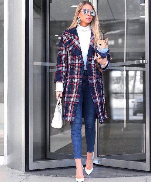 Уловка стройных женщин: как носить теплое пальто и выглядеть изящно