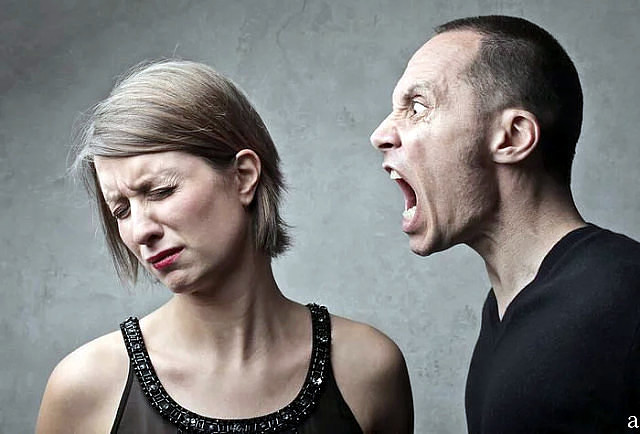 РАЗВОД… — Ну, развод так развод… — ответила я на упреки мужа и распахнула дверцы шкафа с одеждой…