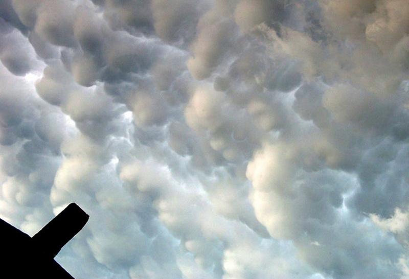 3039 Ураганы и смерчи в фотографиях
