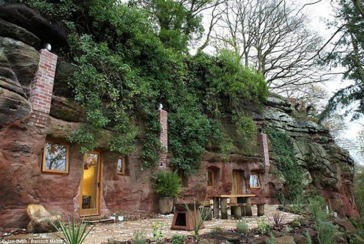 Он купил пещеру превратил ее в прекрасный дом! Только взгляните — на сколько красиво!