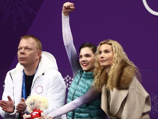 Медведева: с Загитовой у нас идет маленькая война только на льду
