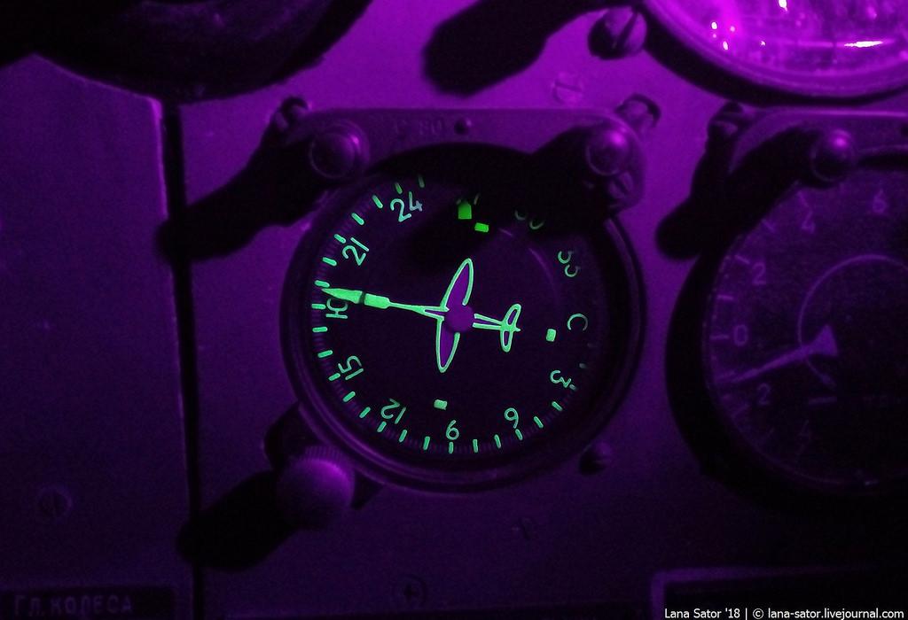"""Экраноплан А-90 """"Орлёнок"""" в Тушино. Почему музей ВМФ не пускает посетителей внутрь?"""