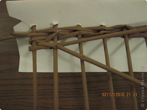 Мастер-класс,  Плетение, : Плетение квадратной (прямоугольной ) коробки Бумага газетная . Фото 11