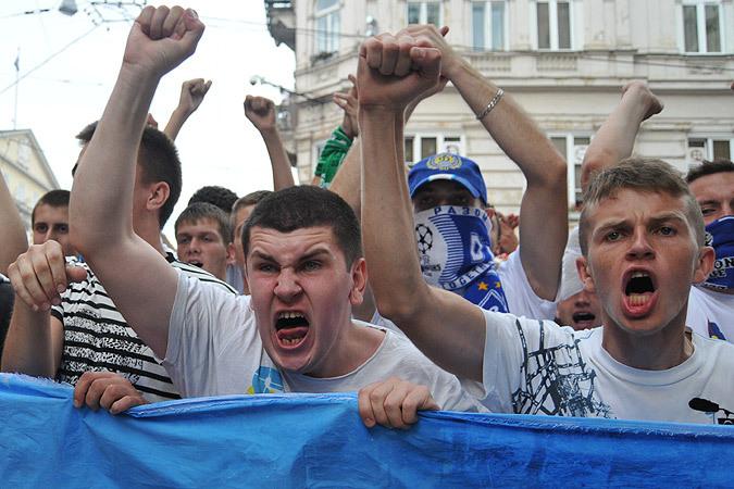 На Украине французов бьют за «Мистрали»?