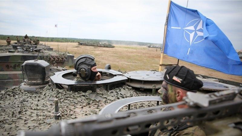 ЛНР: Американские наемники в форме НАТО занимают позиции под Луганском