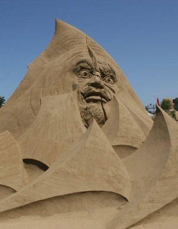 Песчаный музей Тоттори в Японии (34 фото)