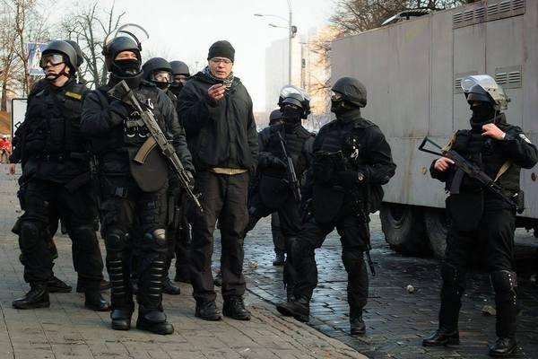 Снайперы с Майдана рассказали о своем командире из США