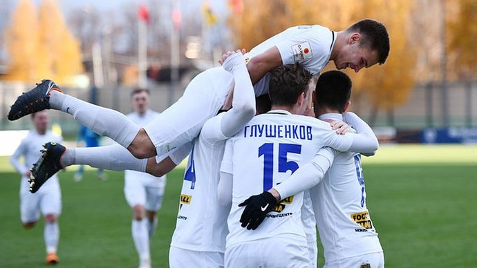 Будущий спартаковец рвет «Зенит», подопечные Радимова дерутся между собой, Ледяхову стыдно за российский футбол