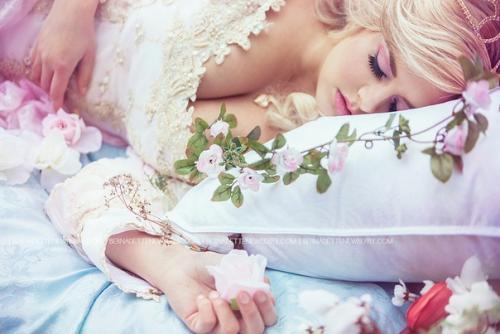 Как спать, чтобы быть красивой и молодой.