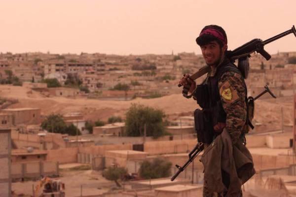 Своя игра: Штаты строят новое террористическое государство в Сирии