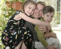 Дочь Юли Высоцкой требует наряды от кутюр