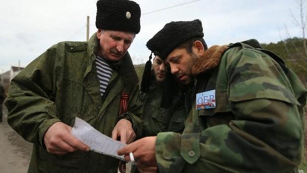 Укроармия двинулась к Перекопу. На защиту православных святынь встают уже не только русские, но и сербские добровольцы. Спасибо, братушки!
