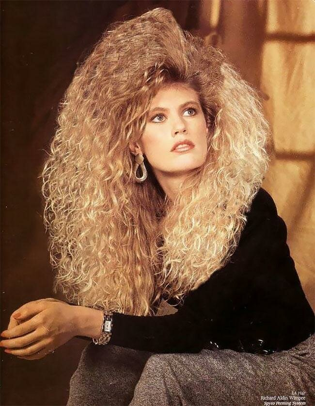 Фотографии модниц 80-х с невероятно гигантскими шевелюрами волосы, забавно, люди, мода, модницы, прическа, фото