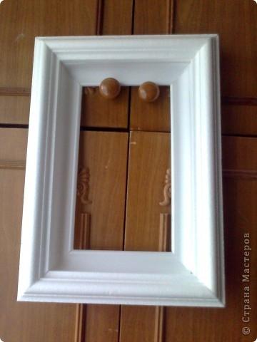 Рамки для картин из плинтуса деревянного