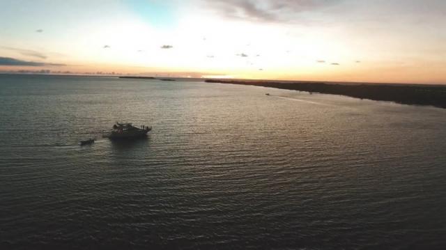 Неограниченный секс, алкоголь и наркотики на частном острове — всё это всего за $5 000