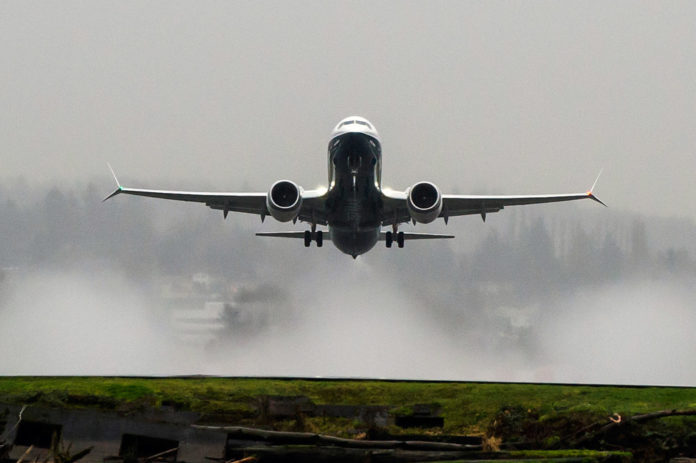 Приземление Boeing 737 MAX: …