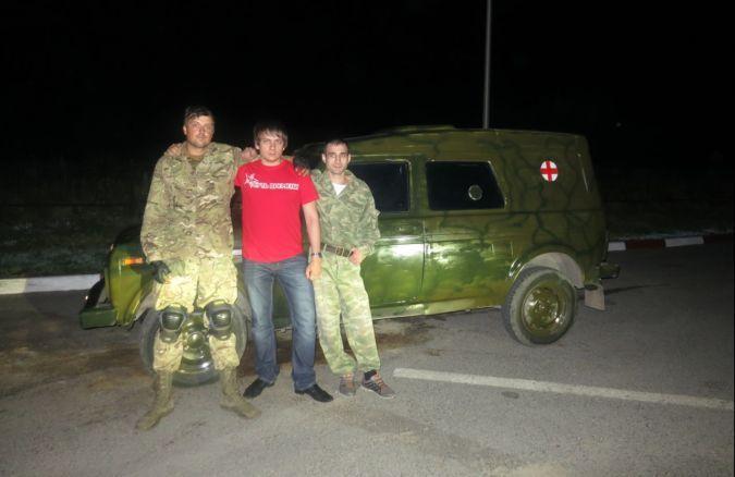 Бизнесмен из Ростова подарил украинским ополченцам бронеавтомобиль