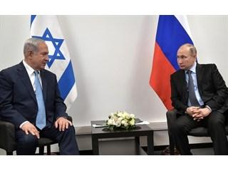 Нетаньяху между Путиным и Трампом