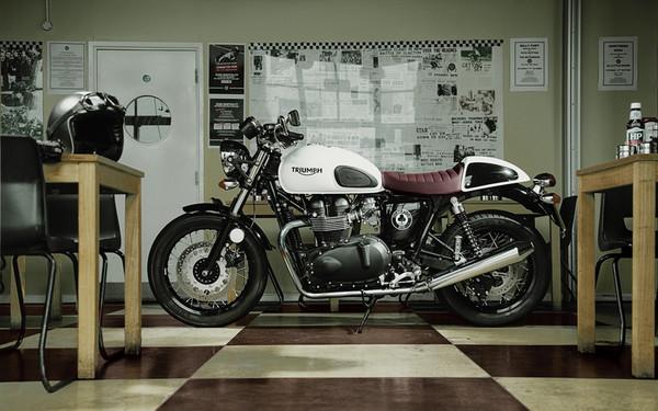 Особый Triumph Thruxton Ace - Фото 2