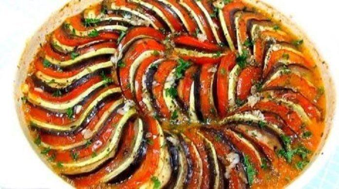 Очень вкусное и простое в приготовлении блюдо французской кухни: вкуснейший рататуй!