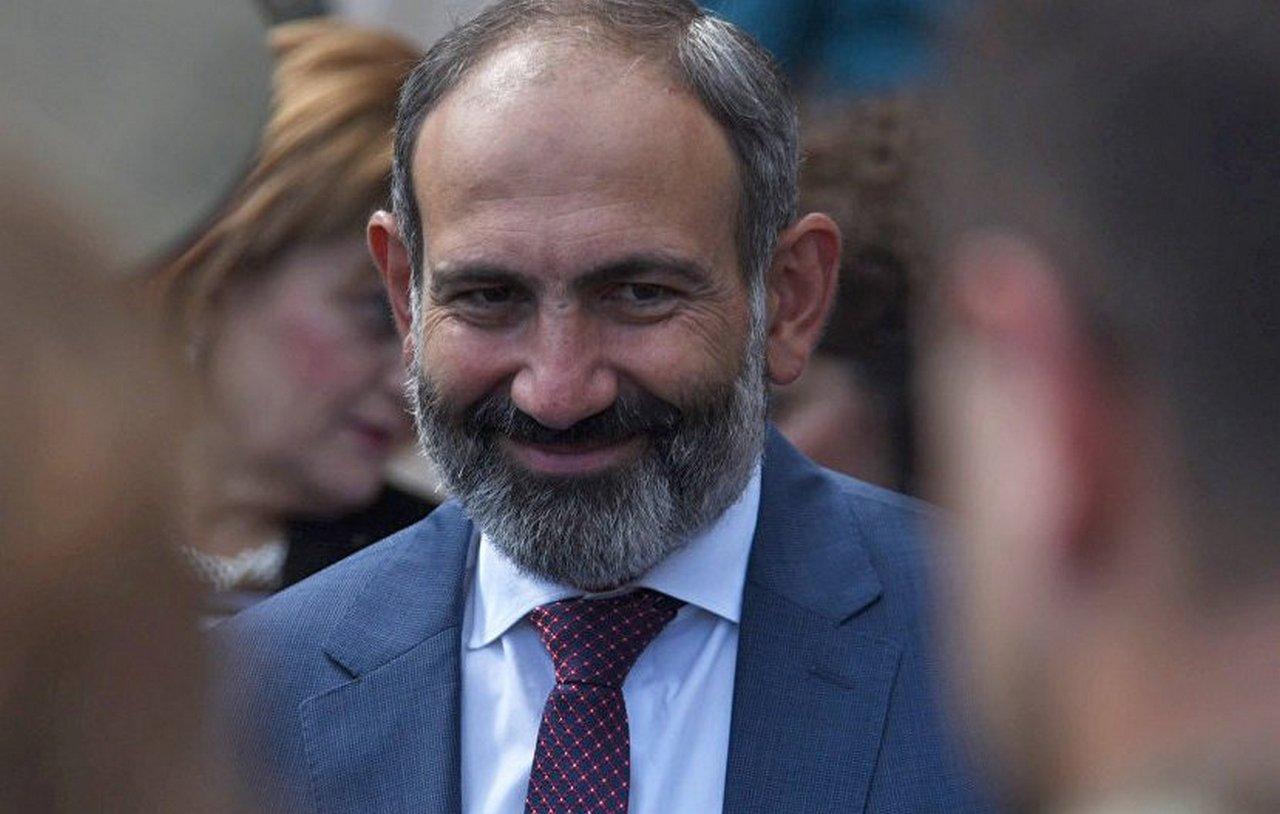 Армения: оппозиционные кролики перед пашиняновским удавом