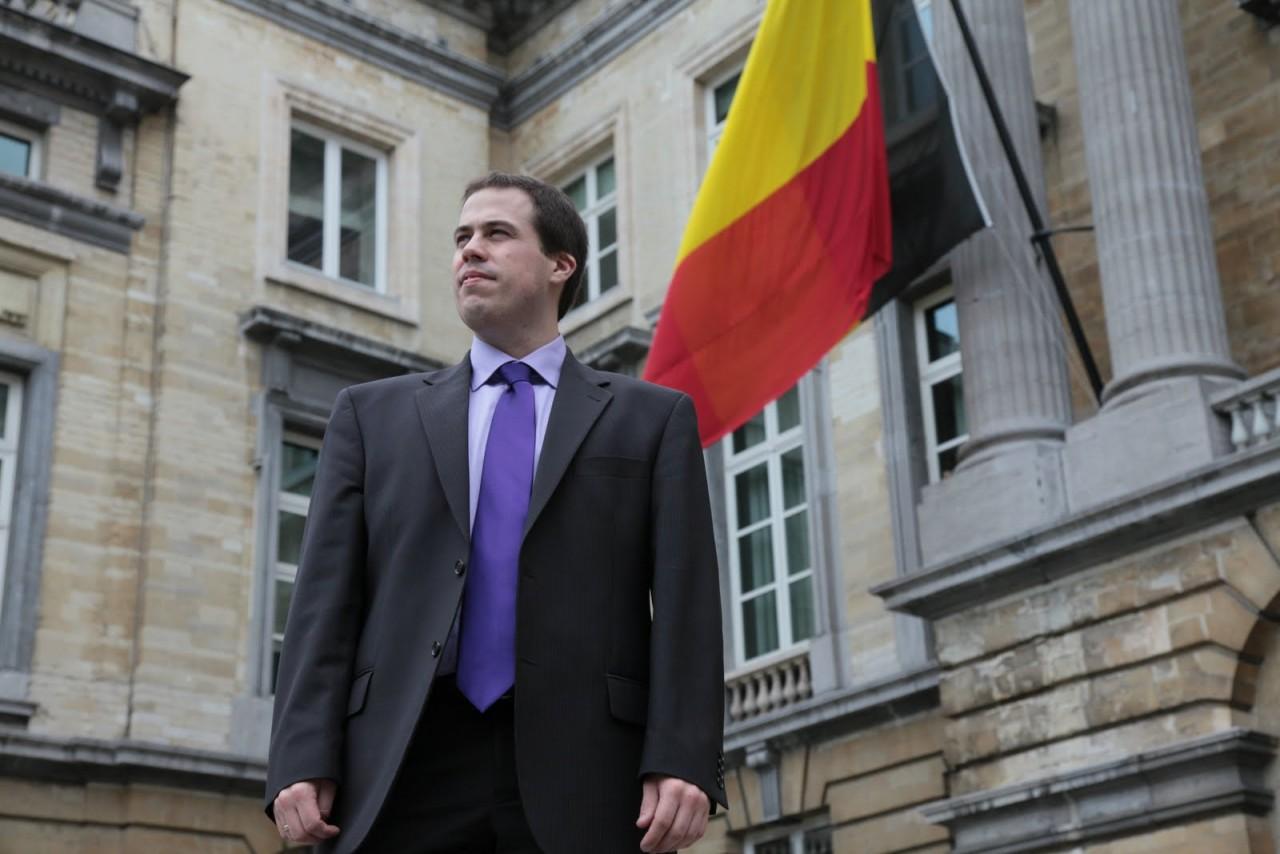 Евродепутат: Правительства западных стран держат свое собственное население за идиотов