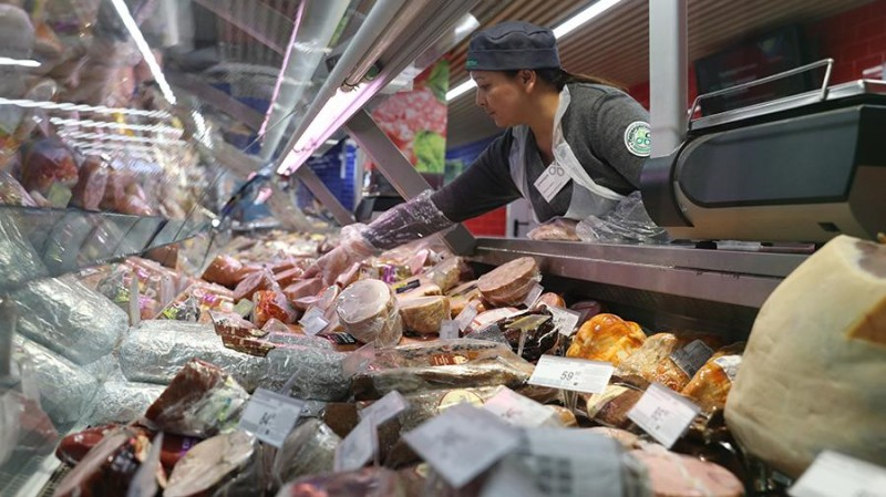 Россия в шоке от цен на колбасу