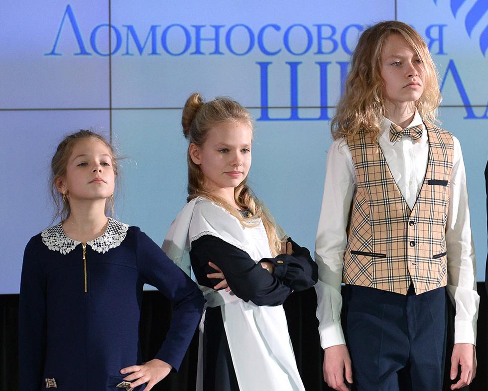 Восемь по-настоящему красивых детей Владимира Соловьева, рожденных от трех женщин с необычной внешностью