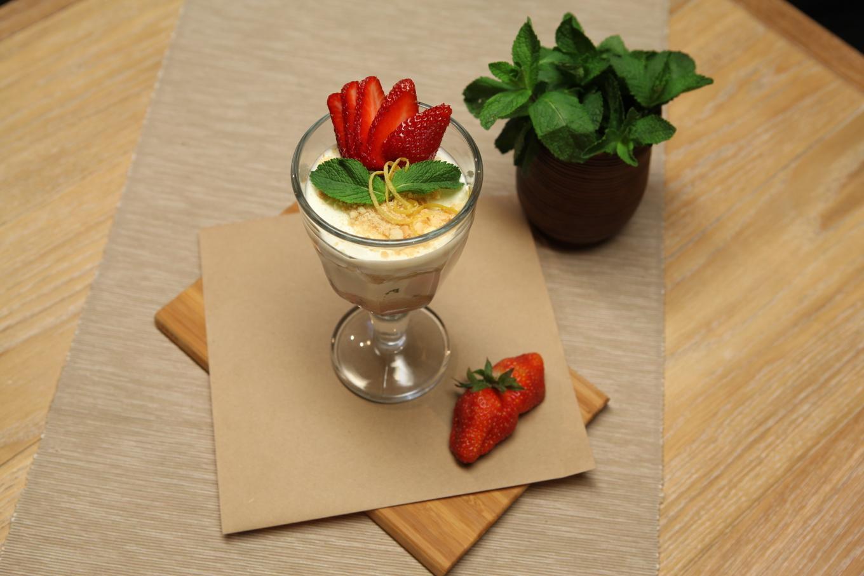 Аппетитный десерт «Сметанник» за 10 минут! Пошаговый рецепт с фото