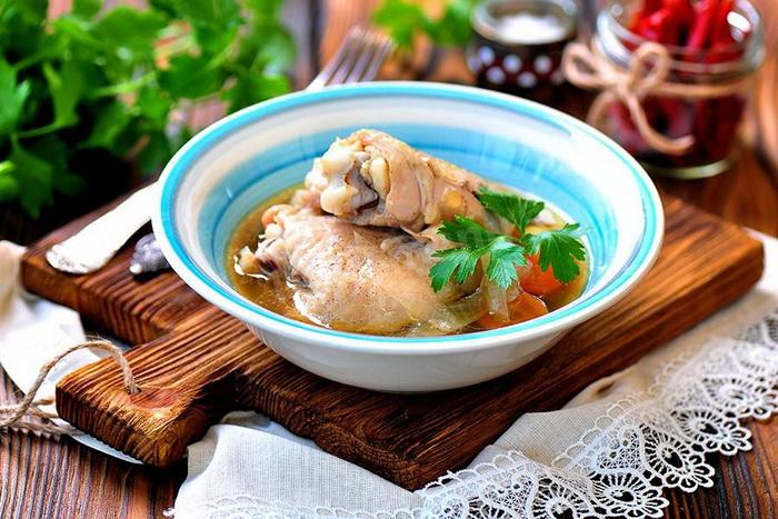 Нежнейшая курица, приготовленная в банке. |Фото: 1000.menu