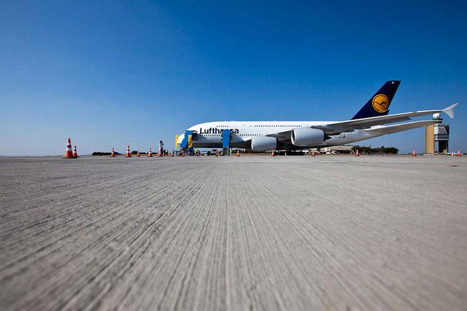 Полет на новом гигантском самолете Airbus A380