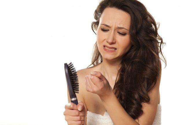 Мифы о волосах, которые мешают нам отрастить здоровые локоны