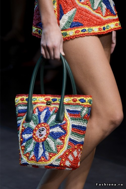 Сумки от Dolce&Gabbana масте…